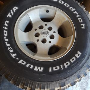 1999 Dodge Jeep Wrangler Wheels ( set of 5) for Sale in Clermont, FL