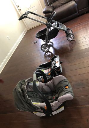 Stroller with car seat and base for baby for Sale in Charlotte, NC