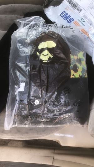 Black bape ape hoodie for Sale in Cleveland, OH