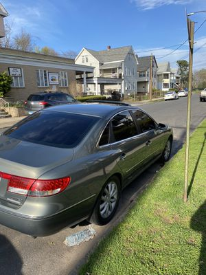 2006 Hyundai Azera limited for Sale in Meriden, CT
