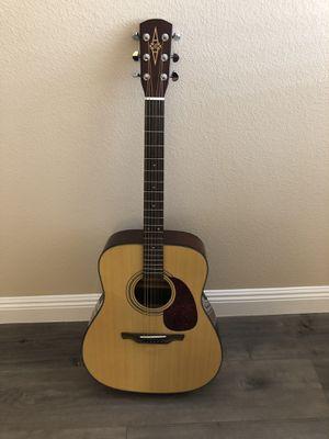 Alvarez acoustic guitar and accessories for Sale in Las Vegas, NV