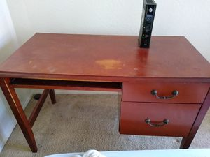 Free Computer Desk for Sale in San Diego, CA