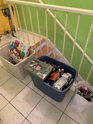Huge lot 4 bins of toys swipe for more pics for Sale in Hialeah, FL