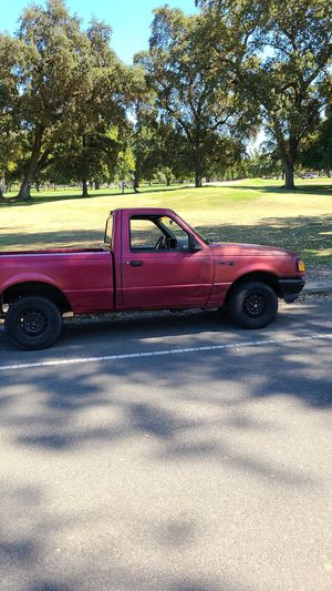 Manual ford ranger 2200 obo for Sale in Sacramento, CA