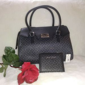 Guess bag and wallet set for Sale in Ontario, CA