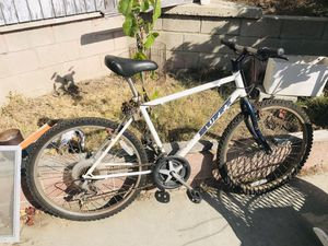Huffy mountain bike for Sale in Redondo Beach, CA