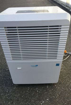 DEHUMIDIFIER for Sale in Woodland, CA