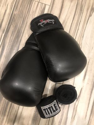 Boxing Gloves and Wraps for Sale in Brooklyn, NY