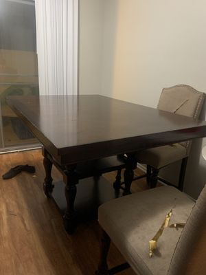 Tall dining table for Sale in Bloomington, CA