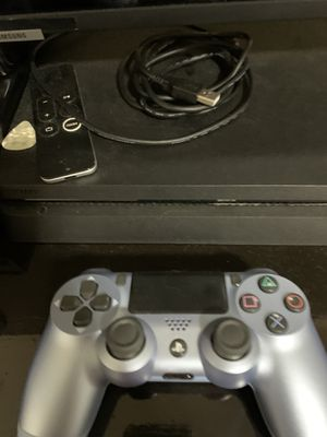 Ps4 with New Controller for Sale in Raleigh, NC