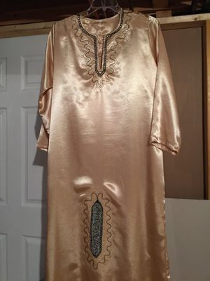 Gold color Henna dress for Sale in Shelby charter Township, MI