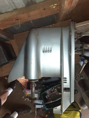 Johnson evinrude lower end unit for Sale in Kennedale, TX