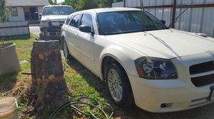 Dodge magnum 2005 V6 for Sale in Abilene, TX