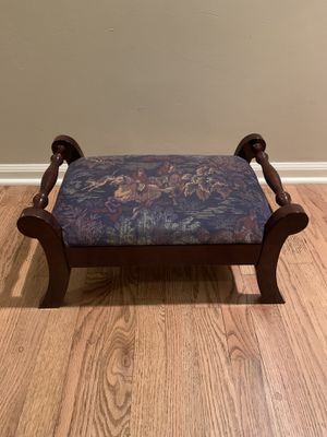 Foot stool for Sale in Rochester Hills, MI