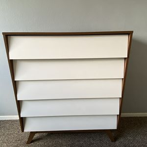 Mid-Century Modern White and Walnut Wood 5-Drawer Dresser (Baxton Studio Hildon) for Sale in Beverly Hills, CA
