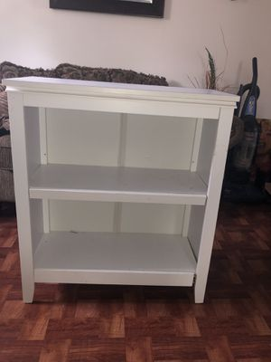 White Two Shelf bookcase for Sale in Floral Park, NY