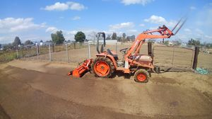 TRACTOR for Sale in Jurupa Valley, CA