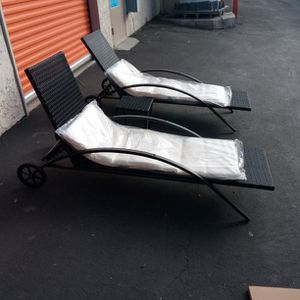 Chaise Lounge Chairs Sunbeds Sunbathing Beds Outdoor Patio Furniture Patio Set Metal Lounge Chairs Poolside Daybeds for Sale in Los Angeles, CA