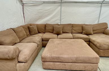 Beige 3 Piece Sectional (FREE LOCAL DELIVERY) for Sale in Baldwin Park,  CA