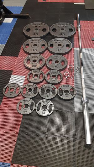 Olympic weights / barbell / pesas / gym for Sale in Mesquite, TX