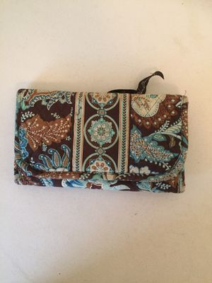Retired Vera Bradley Java Blue and Brown Paisley Trifold Wallet for Sale in Warner Robins, GA