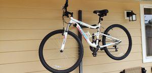 Mongoose woman mountain bike for Sale in Renton, WA