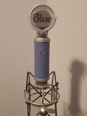 Spark Blue Bluebird Condenser Studio Mic for Sale in Newark, NJ