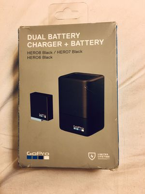 GoPro HERO 8,7,6 DUAL BATTERY CHARGER + BATTERY for Sale in Brentwood, CA