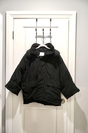 Black heavy winter coat very warm size M/L good condition men or women for Sale in Arlington, VA