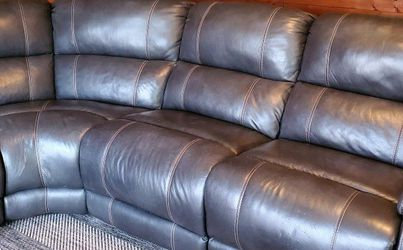 Power Recliner Sectional for Sale in Independence,  WV