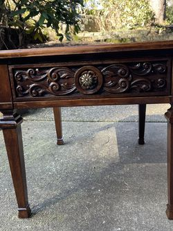 Vintage Side table for Sale in Tualatin,  OR