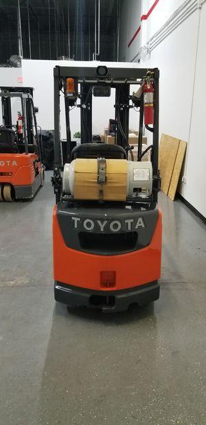 Forklift Toyota-2013- 8FGCU18 for Sale in Opa-locka, FL