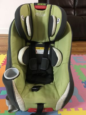Graco size4me convertible car seat for Sale in Staten Island, NY