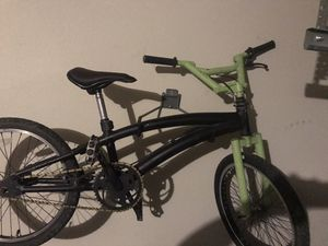Bmx,mongoose style bike for Sale in Little Elm, TX
