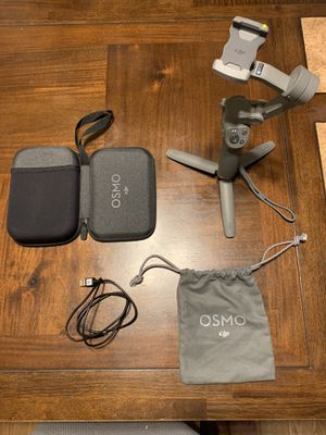 DJI osmo mobile 3 combo excellent condition for Sale in La Puente, CA
