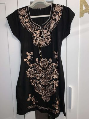 BEAUTIFUL EMBROIDERED DRESS for Sale in Forest Park, GA