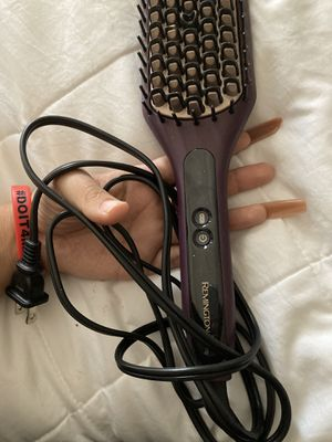 Hair straightening brush for Sale in Fontana, CA