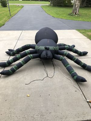 8ft inflatable Spider for Sale in Buffalo, NY