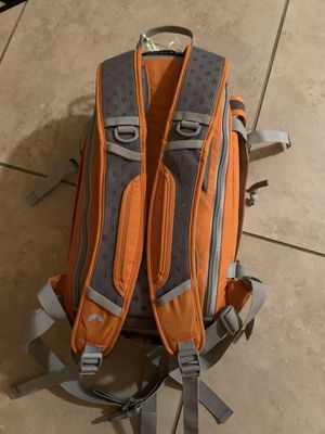 Hiking backpack/ camera backpack for Sale in Peoria, AZ