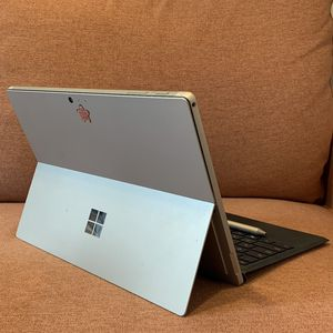 Almost new Surface Pro 5th Gen - i5 core, 8GB RAM, 128GB SSD, Wifi - with Keyboard and Pen for Sale in Brooklyn, NY
