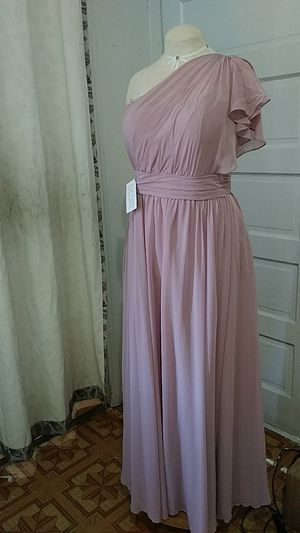 Lavender Dress: prom, bridesmaid, ball gown; Vestido lila for Sale in Fort Worth, TX