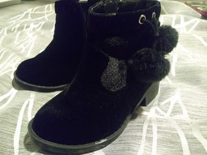 Babygirl Winter boots for Sale in Austin, TX