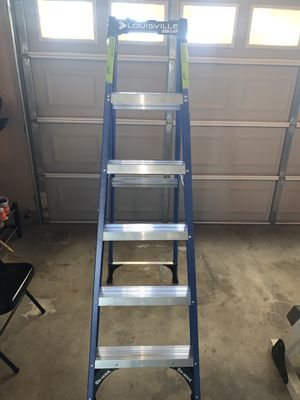 New 6' blue Fiberglass Ladder. Never used.225 lbs Capacity.$65Firm. for Sale in Ontario, CA