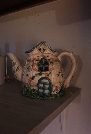 Candle lit tea pot for Sale in North Smithfield, RI