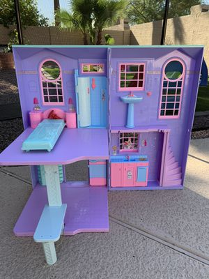 Barbie Dreamhouse Foldable Doll House for Sale in Gilbert, AZ