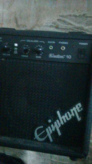 15watt epiphone guitar amp for Sale in Scott, OH