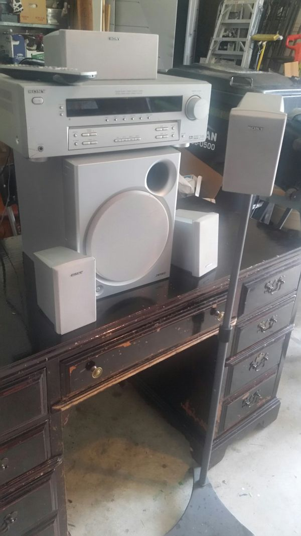 6 pieces Sonny Odio speakers with remote