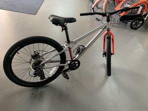 Haro mountain road bike for Sale in Houston, TX