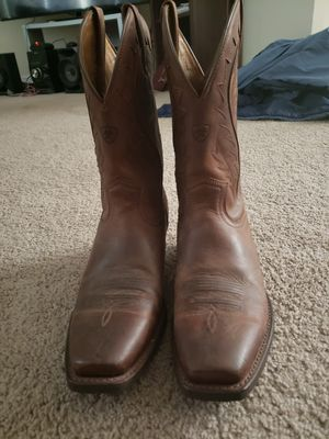 Ariat for Sale in Wilmington, DE