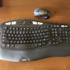 Logitech Wireless Keyboard & Mouse Combo for Sale in Rancho Cucamonga, CA